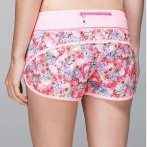 "Lululemon Run: Speed Short 2.5"" Pink Floral 6"
